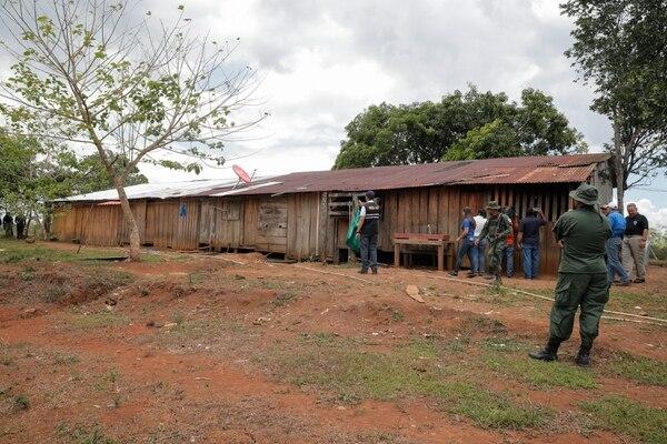 En esta vivienda las autoridades encontraron a 50 personas encerradas. Foto Jeffrey Zamora