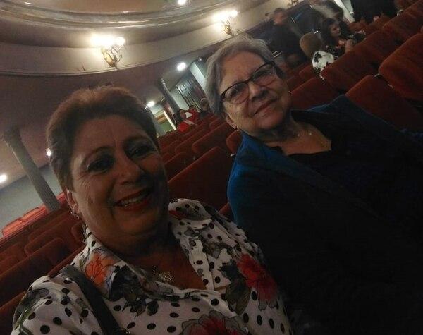 Ana Patricia vive agradecida con Dios porque a su mamita no le pasó nada grave en el accidente. Foto cortesía Patricia Gray