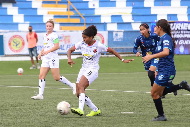 Alajuelense goleó 1-7 a Suva Sports. Prensa LDA.