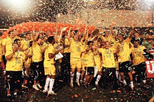 Liberia Mía fue campeón en el Verano 2009. El primero de los no tradicionales con títulol en torneos cortos. Foto Archivo La Nación