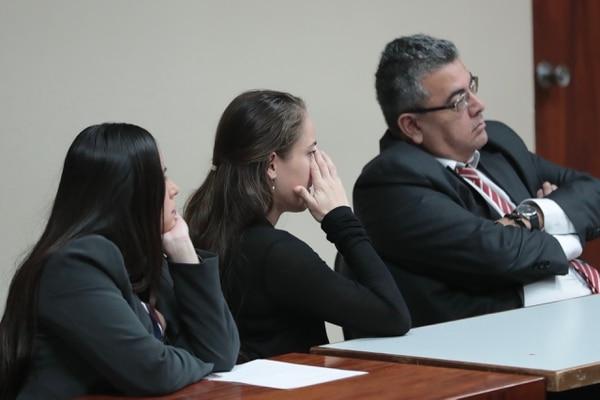 Carvajal (centro) escuchó con atención la explicación de los jueces. Foto: Alonso Tenorio.