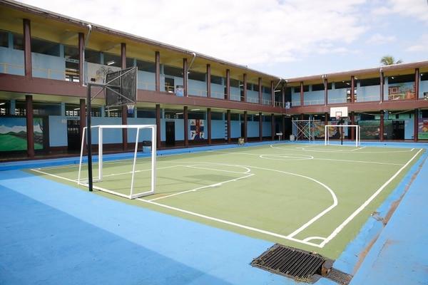 El Colegio Diurno de Limón retomará las clases presenciales el martes 16 de febrero. Foto: Albert Marín.