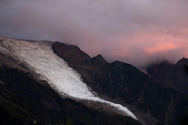 En el monte queda claro que ya no hay tanta nieve como antes. AFP