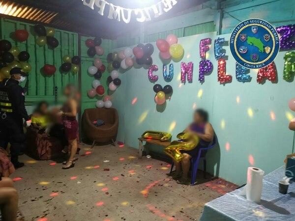 Ya una fiesta en Alajuelita provocó 17 contagios, las autoridades buscan evitar esto. Foto: Cortesía MSP