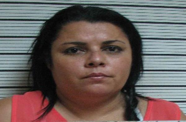 Ana Caamaño Berrocal, sentenciada a un año de prisión por hurto agravado.