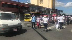 (Video) ¡Tenga cuidado! No se meta al centro de San José con su carro porque huelguistas bloquearon Paseo Colón y Avenida Segunda
