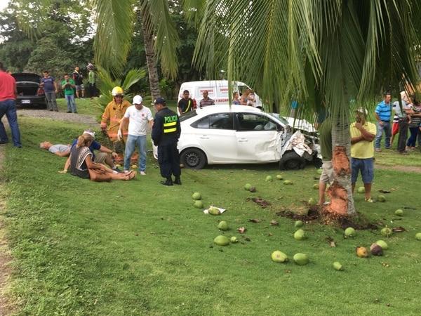 El conductor se quedó dormido y atropello al hombre y el pequeño. Foto: Alfonso Quesada
