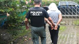 Arrestan a hombre que entró a centro de rehabilitación y retuvo a administrador
