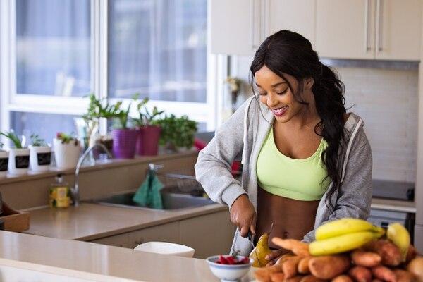 El cuerpo tarda 22 días en acostumbrarse a nuevos hábitos alimenticios, así que tenga paciencia. Foto: Shutterstock.com