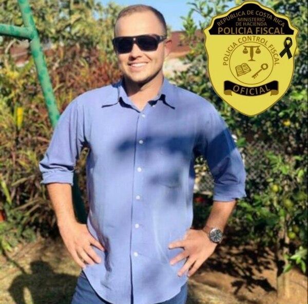Adrián Jesús Quesada Vargas, de 36 años trabajaba para la PCF desde hace 10 minutos, él dejó dos hijos. Foto: Cortesía para LT