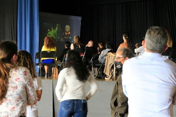 El preestreno estuvo muy concurrido y cumplió con los protocolos sanitarios. Foto: Rafael Pacheco