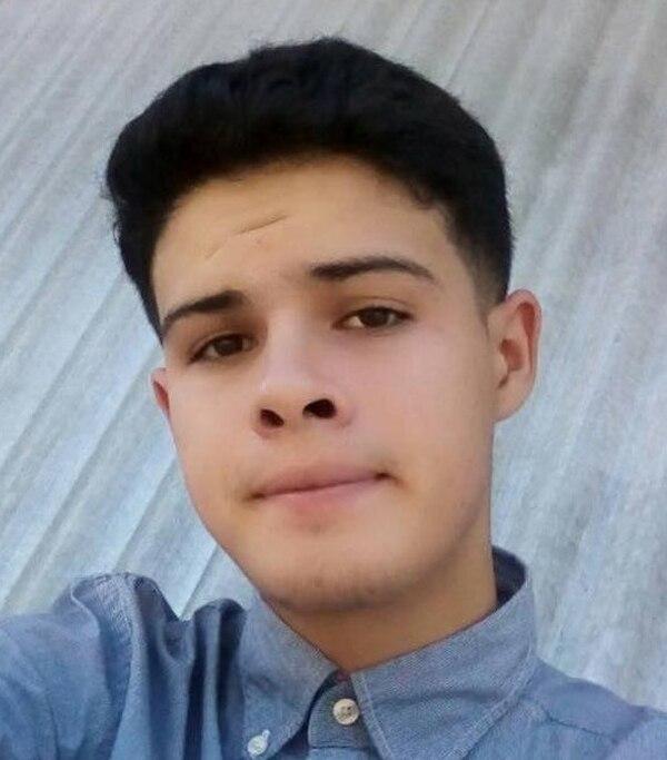 Jeffry Gabriel Calero Valerio, de 19 años, dejó su tierra natal, a su mamá y demás allegados en Nicaragua. Fotos: Cortesía Diario Hoy