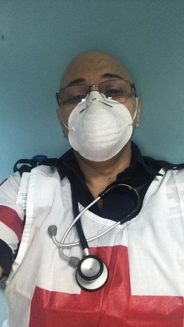 Ni siquiera el cáncer evitó que Salas siguiera ayudando a los demás. Foto Norma Salas.