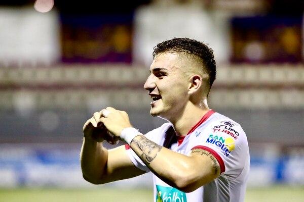 El primero siempre se recuerda por lo que Faerrón nunca olvidará este gol. Foto: Alonso Tenorio