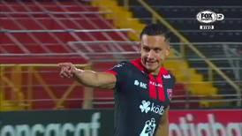 Cristian Oviedo alaba maña de Cubero frente a guardamente de Olimpia