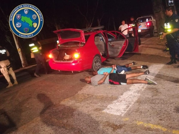 Los hombres fueron arrestados cuando iban hacia Tamarindo. Foto: MSP.
