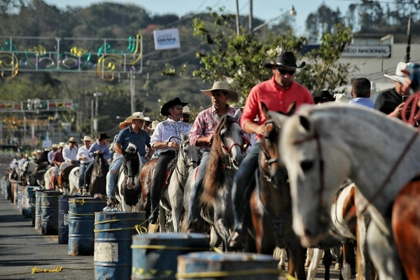 ¿Será que hubo más caballos que gente? Fotografia: John Durán