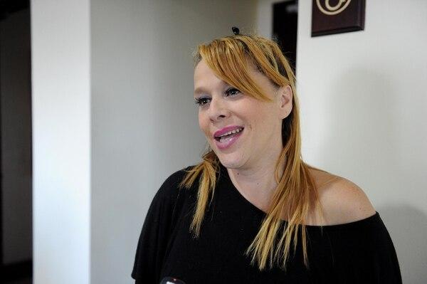 La cantante Liz Soto asegura que no es justo que otros ya puedan volver a su trabajo y ellos no. Archivo