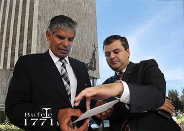 Alfonso Ruiz, socio y colega de Henry Vega, confía en seguir con el legado de su amigo. Foto Cortesía Bufete 1771.