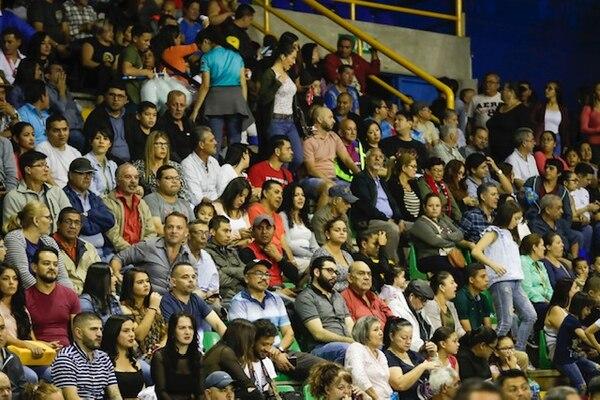 ¡Llenazo! 5.500 personas acompañaron a la campeona. Fotografía José Cordero