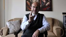 El cura Mauricio Víquez llegaría a suelo tico en diciembre