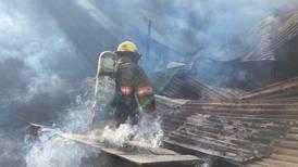 Incendio en San Pedro: Hombre que murió en incendio habría tratado de escapar por el techo de la casa