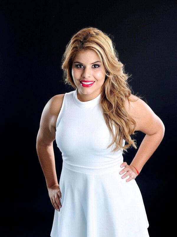 Fernanda Rodríguez además de cantar compone sus propias canciones. Foto: Melissa Fernández.