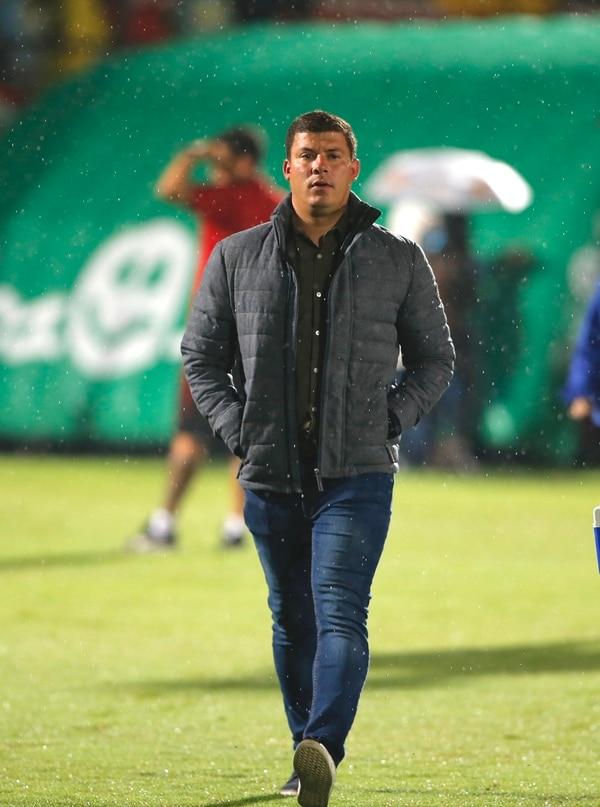 El entrenador griego cree que el arbitraje fue bastante deficiente. Foto: Mayela López