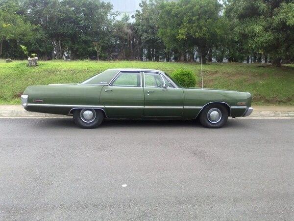 Michael quiere que otra persona le saque el juguito a este Chrysler Newport y por eso lo tiene en venta. Cortesía.