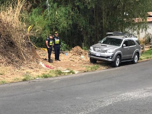 El cadáver apareció en la margen de una quebrada. Foto: Shirley Vásquez