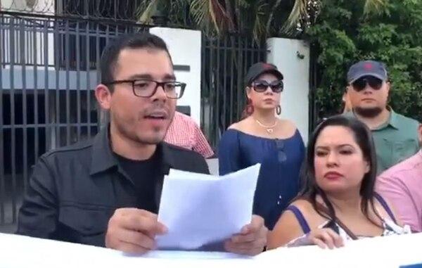 Juan Carlos, dos hermanos y sus papás están en la lista negra de Estados Unidos. Foto: La Prensa, Nicaragua