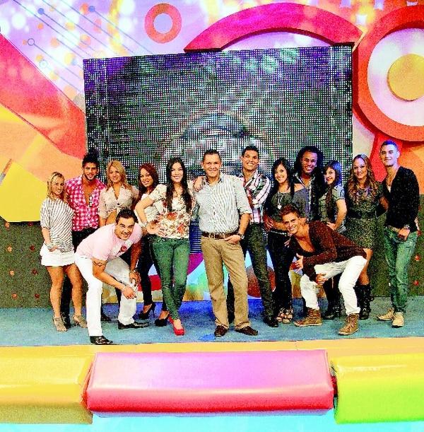 Combate nació en el 2011 y Kiko Robles y María Teresa Rodríguez eran los presentadores principales. Foto: John Durán