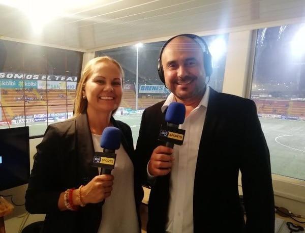 Jackeline Álvarez llegó como comentarista titular de Kristian Mora en Multimedios. Foto: Twitter