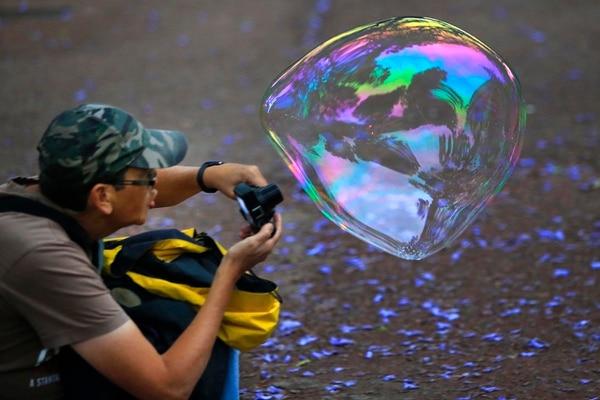 El fotógrafo William Cerdas captó un primer plano de una de las burbujas. Rafael Pacheco.