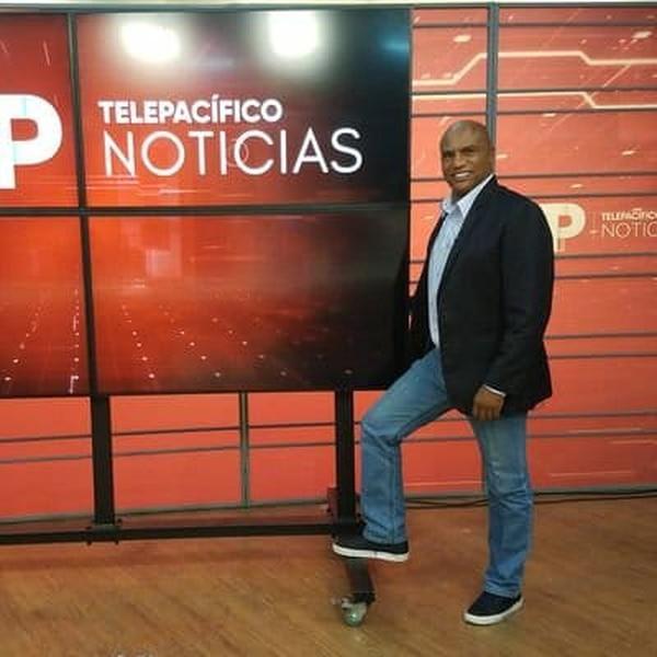 Jaime Dinas periodista colomibiano, asegura que Suárez es ya el técnico de tiquicia. Foto de tomada de Twitter.