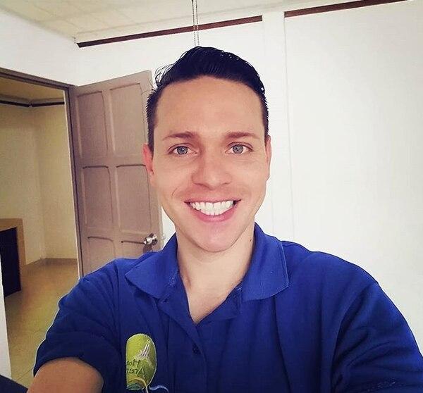 El modelo y actor Esteban Montero asegura que su expareja le fue infiel con el portero. Instagram