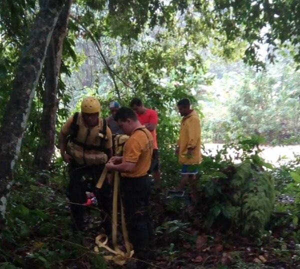 Todos los funcionarios fueron rescatados. Foto: Alfonso Quesada