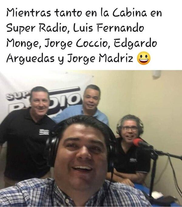 Los locutores de Súper Radio están muy felices de compartir con los oyentes. Facebook