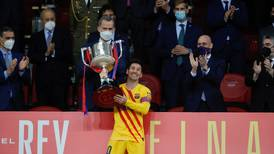Messi se mantiene en España y en París cuentan las horas para su llegada