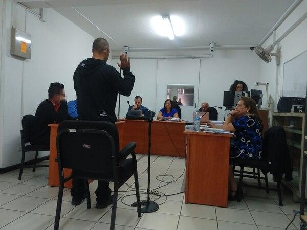 El padrastro del menor, Greivin Vargas, detalló el incómodo y horrible momento en el que se enteraron de los supuestos abusos contra su hijo. Foto: Alejandra Portuguez