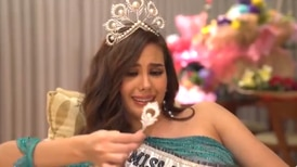 Miss Universo 2018 rompió su corona valorada en más de ¢145 millones
