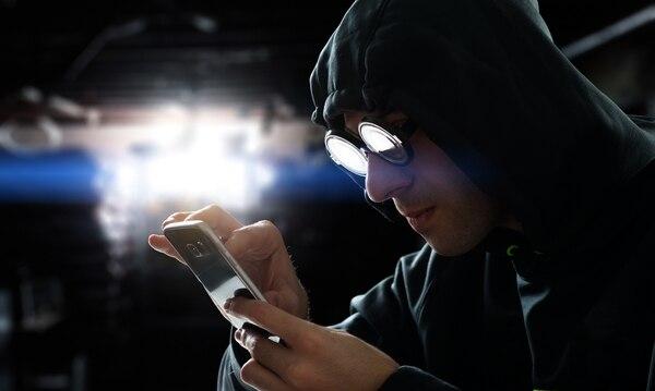 Los sospechosos no le piden datos pero lo ponen a llenar un formulario y mientras los datos van cayendo ya en sus cuentas no hay dinero.