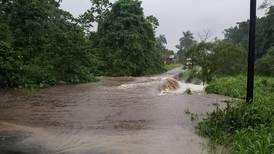Aguaceros causaron inundaciones en Pococí
