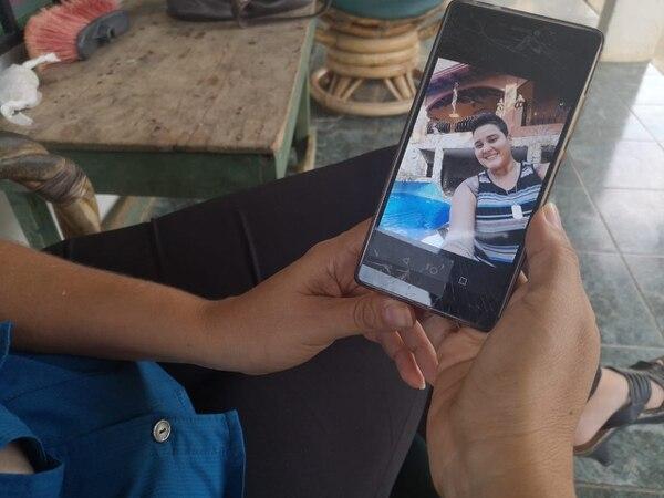 Los familiares de Stephannye la recuerdan como una joven alegre y risueña. Foto: Mario Cordero / Archivo.