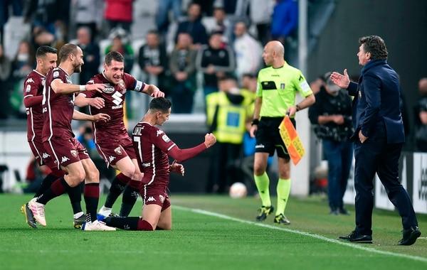 El Toro celebró este viernes un punto importante en la casa de su archirrival y vecino, la Juventus. Foto: AP.