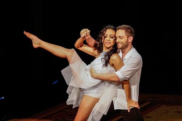 Renzo ganó la segunda temporada de Dancing junto a la bailarina Yessenia Reyes. Foto Adrián Soto.