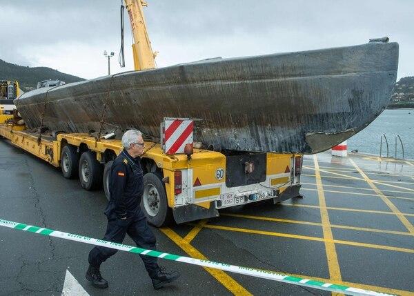 El submarino es bien grandote, mide unos 20 metros de largo. AFP
