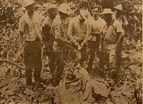 Los rescatistas nunca encontraron ninguna pista que les permitiera saber qué pasó con los hombres. Foto: La Nación 1968