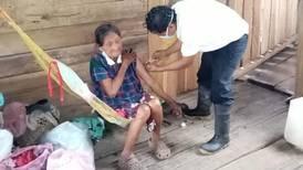 Vacunación de abuelitos también llegó a Talamanca