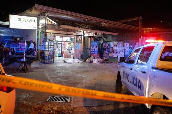 El homicidio más reciente en Tres Ríos ocurrió el 21 de febrero cuando un guarda de un súper fue asesinado en La Carpintera. Foto Jeffrey Zamora